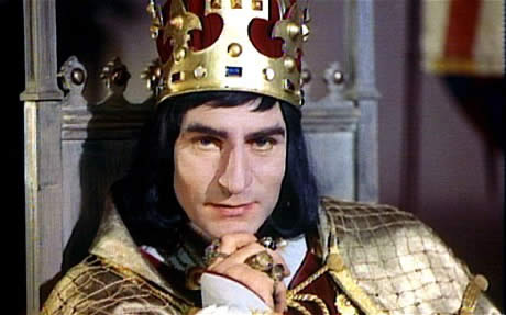 Sir-Laurence-Olivier-as-Shakespeares-Richard-III-Picture-REX-FEATURES