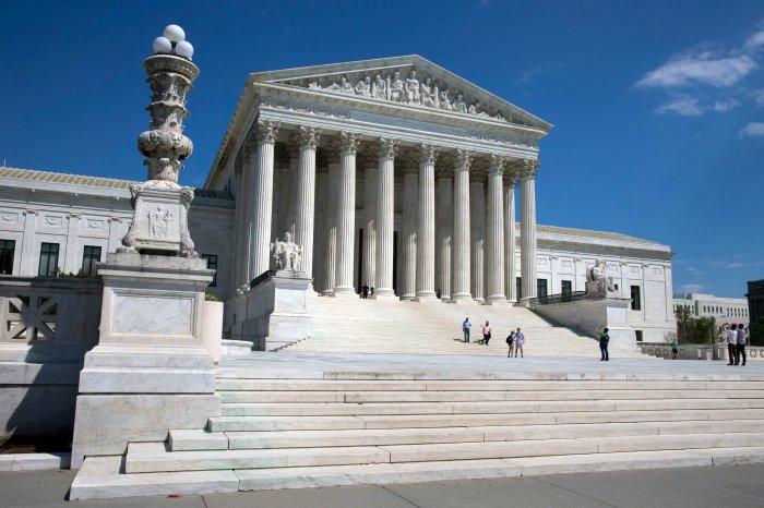 p_30stk_supreme_court_140612.JPG
